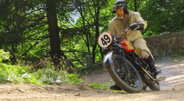 Hrast Memorial – international mountain race for oldtimers