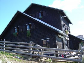 Kofce Mountain Hostel