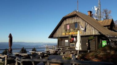 Dobrča Mountain Hut