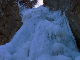 The waterfall in winter