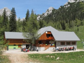 Zelenica Mountain Hostel
